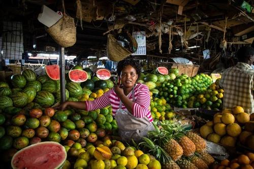 Marché de fruits en Afrique